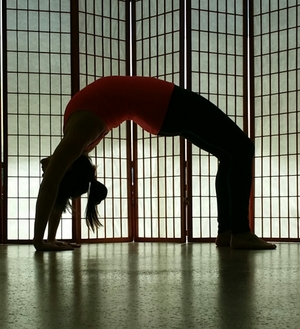 Nicole+Benisch+Urdhva+Dhanurasana+Upward+Facing+Wheel+Pose